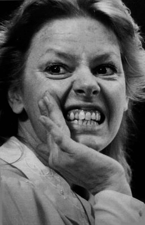 eileen wuornos Aileen wuornos biography murderer (1956–2002) an abused child who later earned her living as a sex worker, aileen wuornos was found guilty of killing six men and was later executed in a florida.